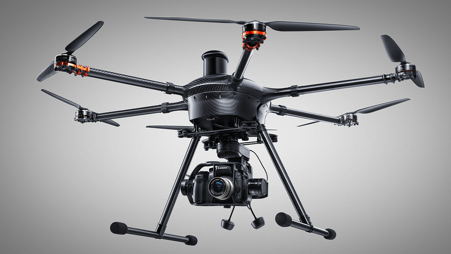 Review: The incredible Yuneec Tornado drone with GH4 ...