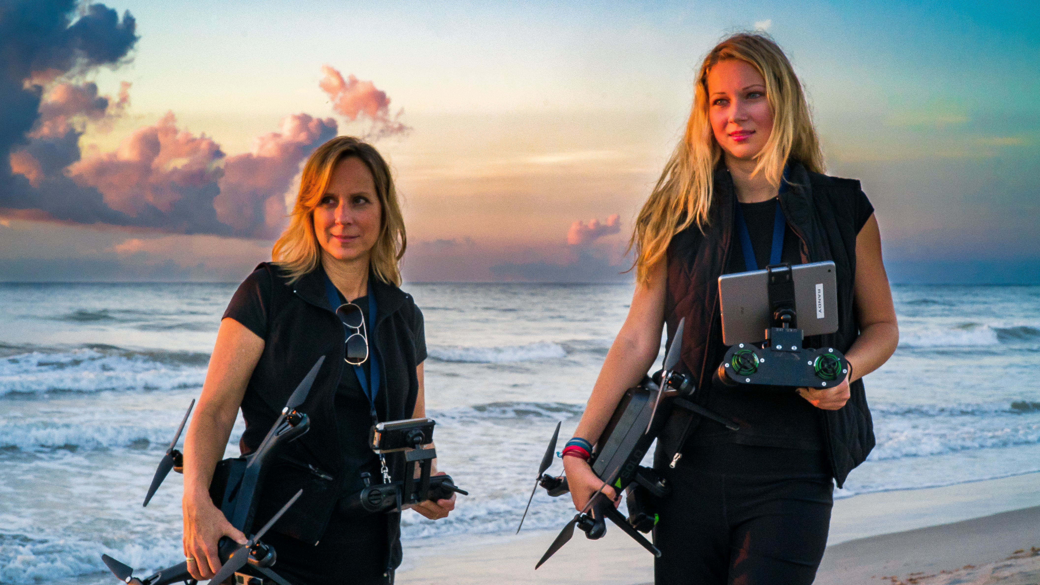 Meet 2DroneGals photographers Kim and Makalya
