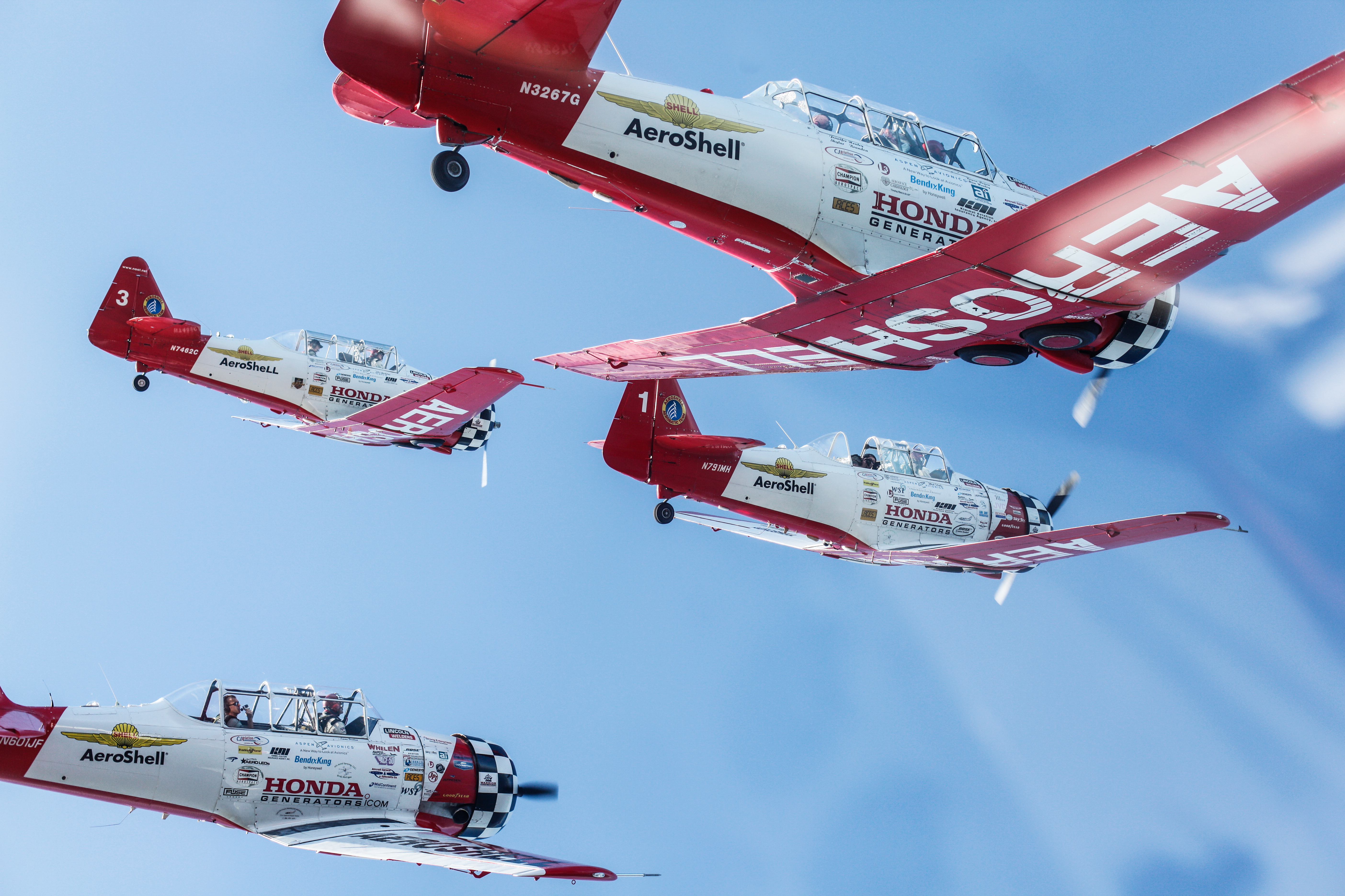 EAA AirVenture Oshkosh: tour with Drone Girl!